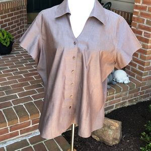 Cold Water Creek 2x button down. Short sleeve.